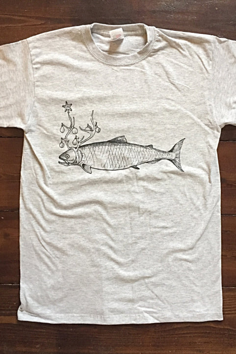 The Pished Fish smoked salmon T-shirt with salmon wearing antlers