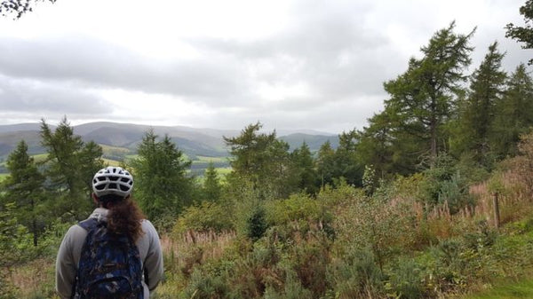 Glentress hosts mountain biking mental health pilot scheme - BBC