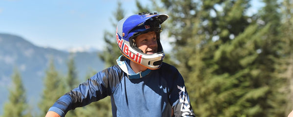 Everything you need to know about your mountain bike helmet - Red Bull