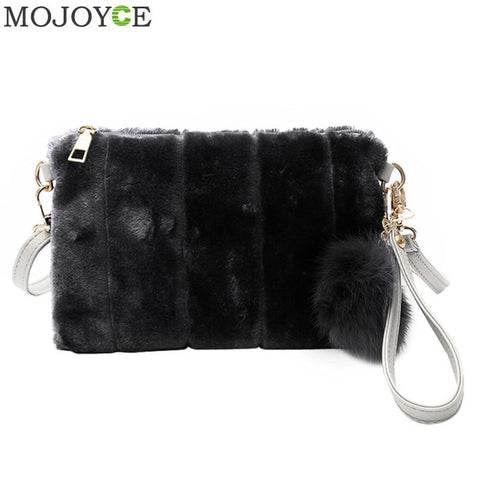 2017 Winter Women Clutch Fur Plush Bags Casual Handbag Purse Soft Women Crossbody Bags Fashion Handbag Purse Bolsas Feminina New - Fantastic Fashion