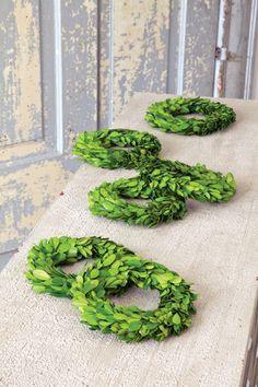 "6"" Boxwood Wreath"