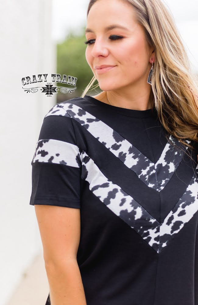 Black Cattle Call Short Sleeve Top