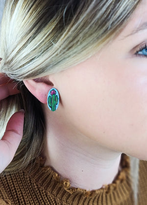 Oval Cactus Leather Stud Earrings on blonde model