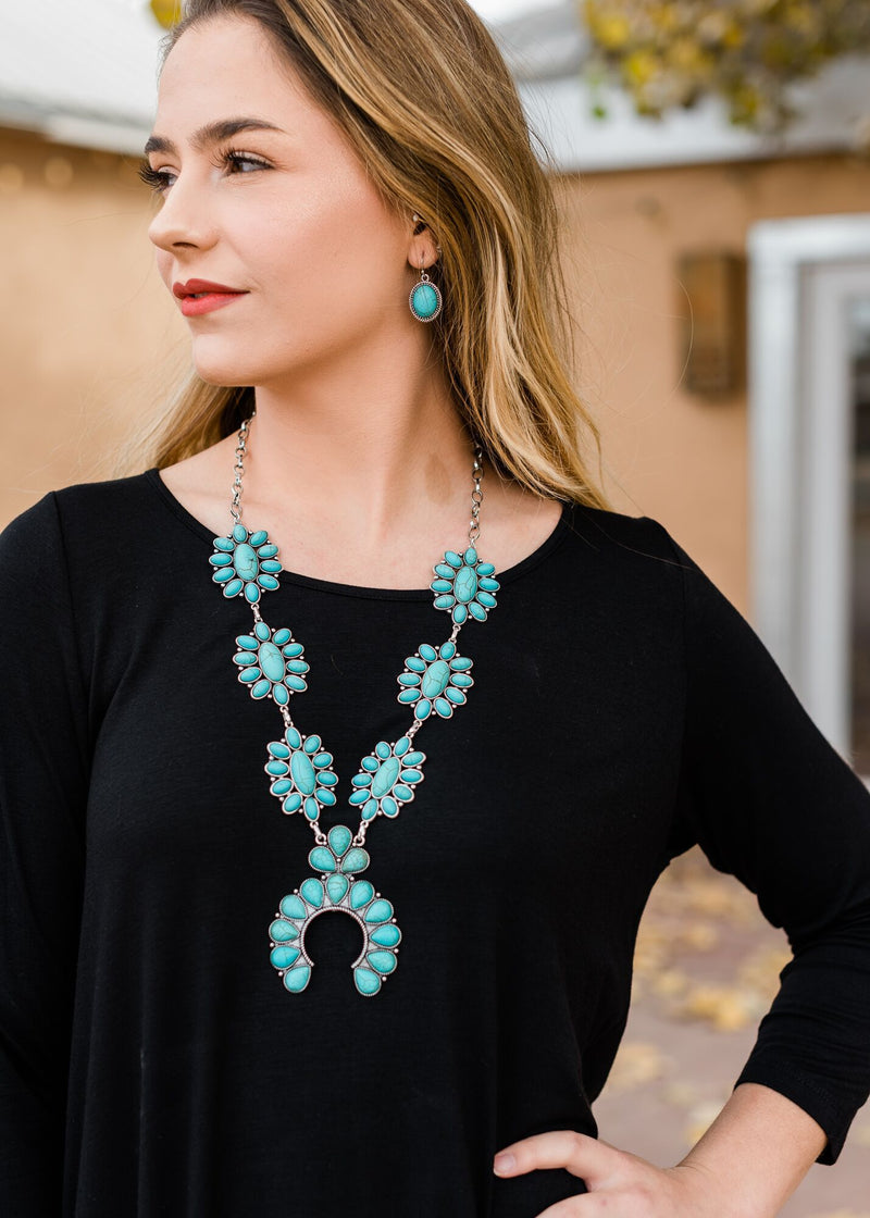 Turquoise Concho Squash Blossom Necklace with earrings  on blonde model