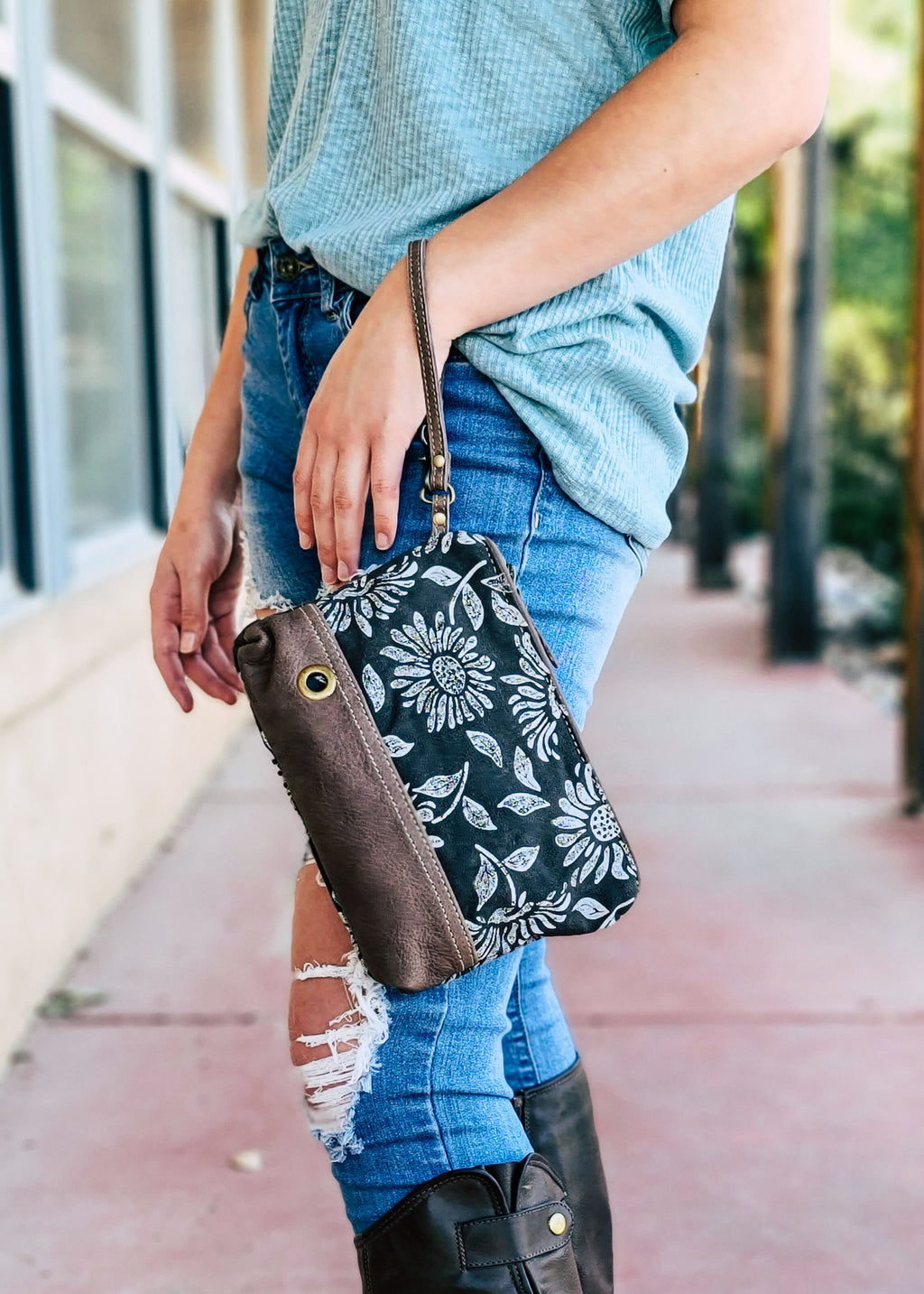 Distressed Sunflower Wristlet/Pouch with model