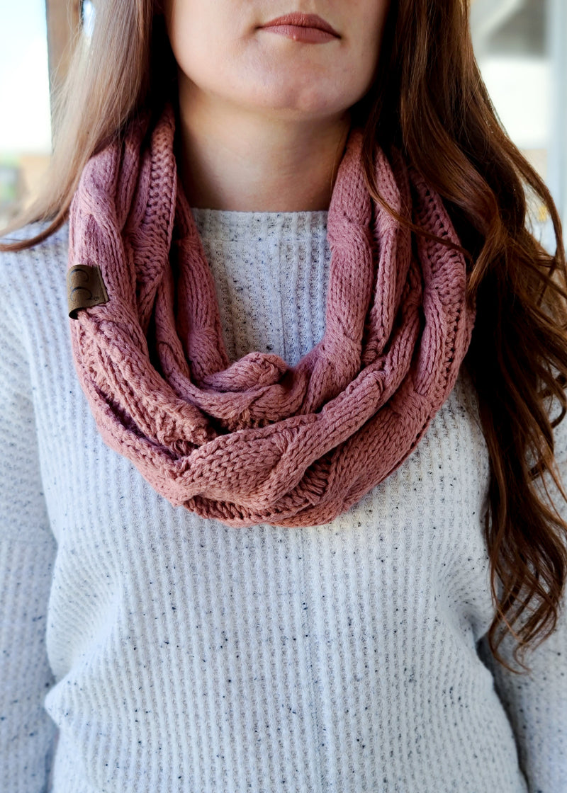 Mauve Cable Knit Infinity Scarf on model