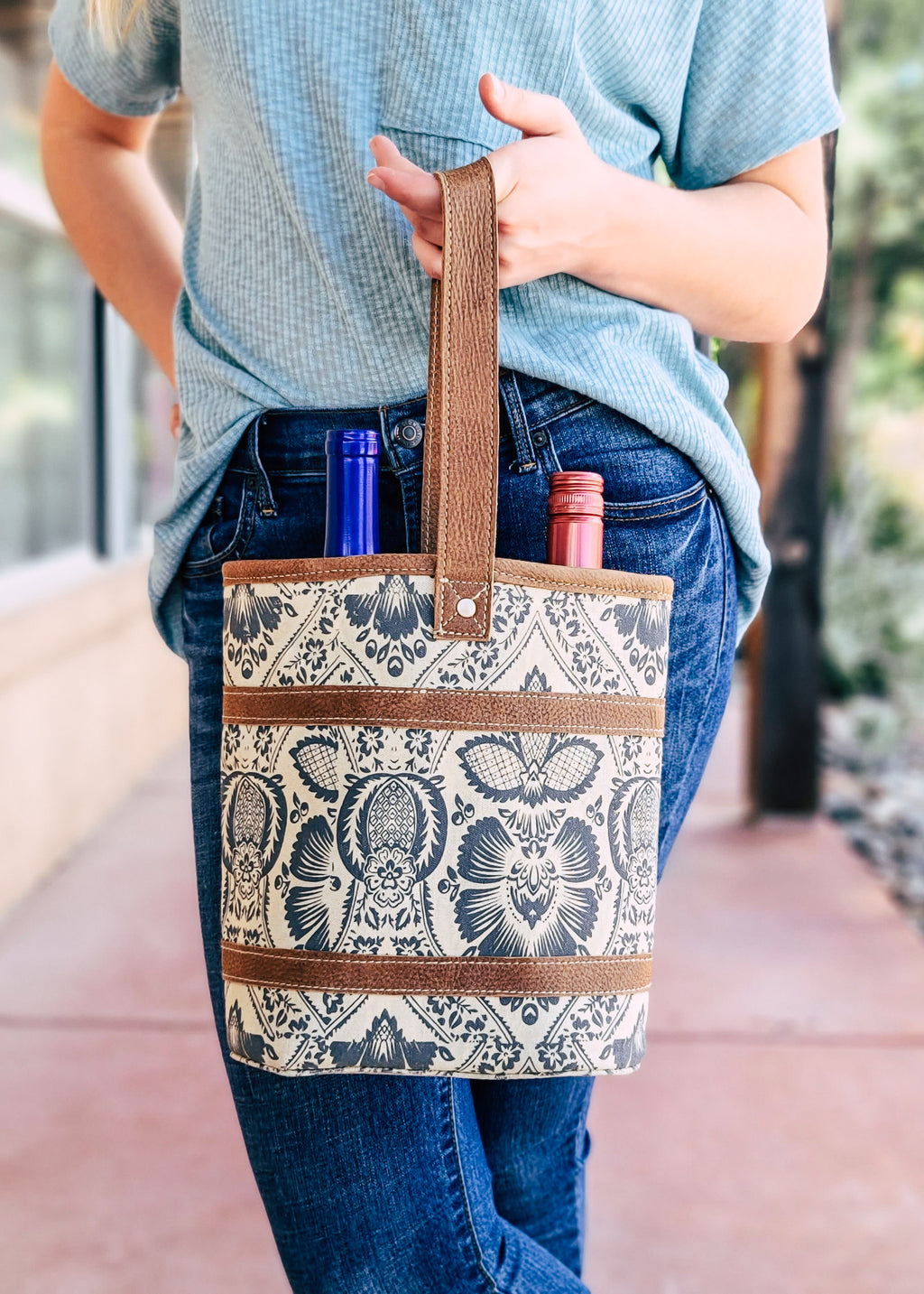 Vintage Floral 2 Bottle Caddy with model outside