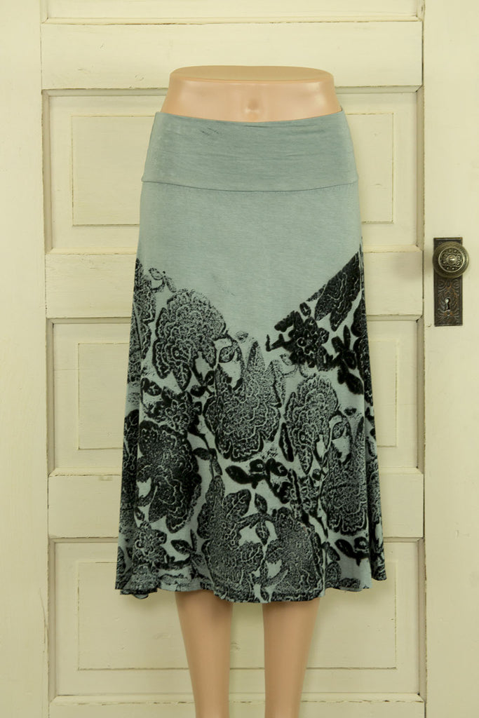 Gray-green Flowy Printed Skirt