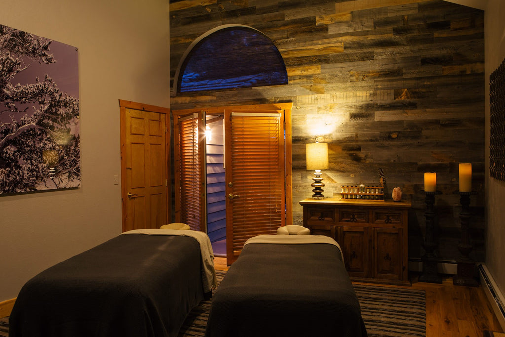 TallGrass Spa's Valentine's Day Special Features Saltability Himalayan Salt Stone Massage
