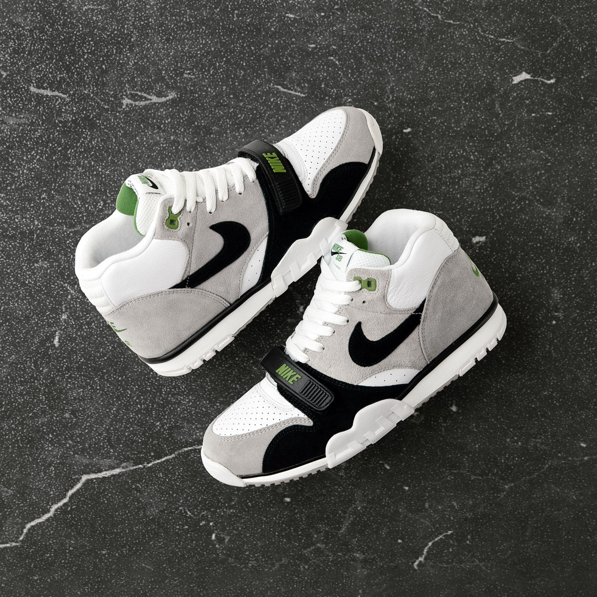 Nike SB Orange Label Air Trainer I 'Chlorophyll' | Flatspot