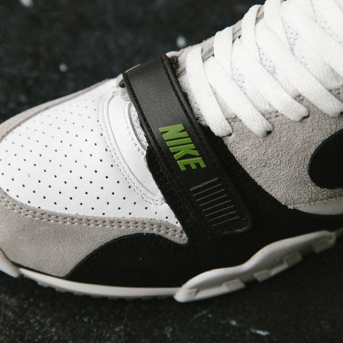 nike air trainer 1 chlorophyll for sale