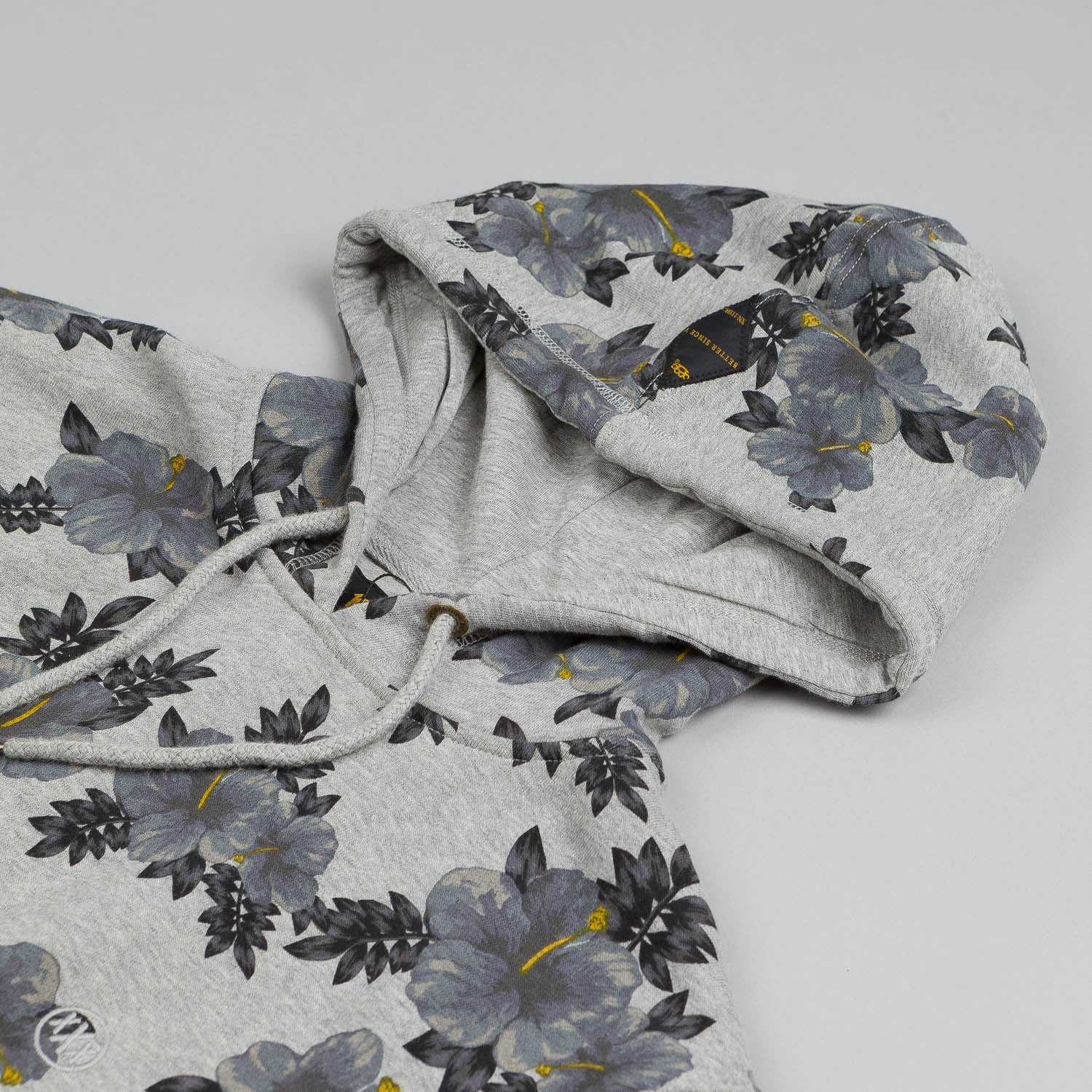 10.Deep Hibiscus Hooded Sweatshirt Heather Grey