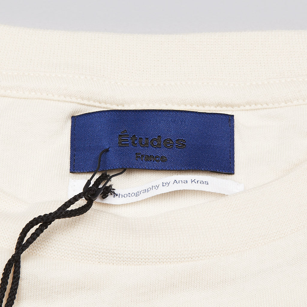 Etudes Ana Kras T Shirt Off White