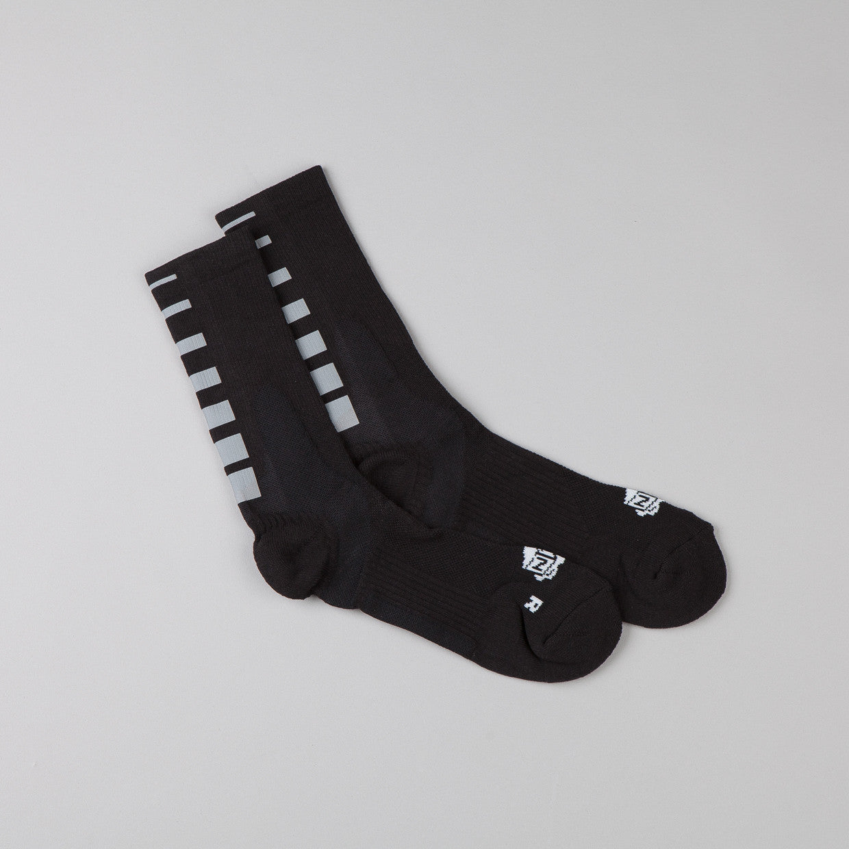 ICNY Half Calf Gradient Socks Black