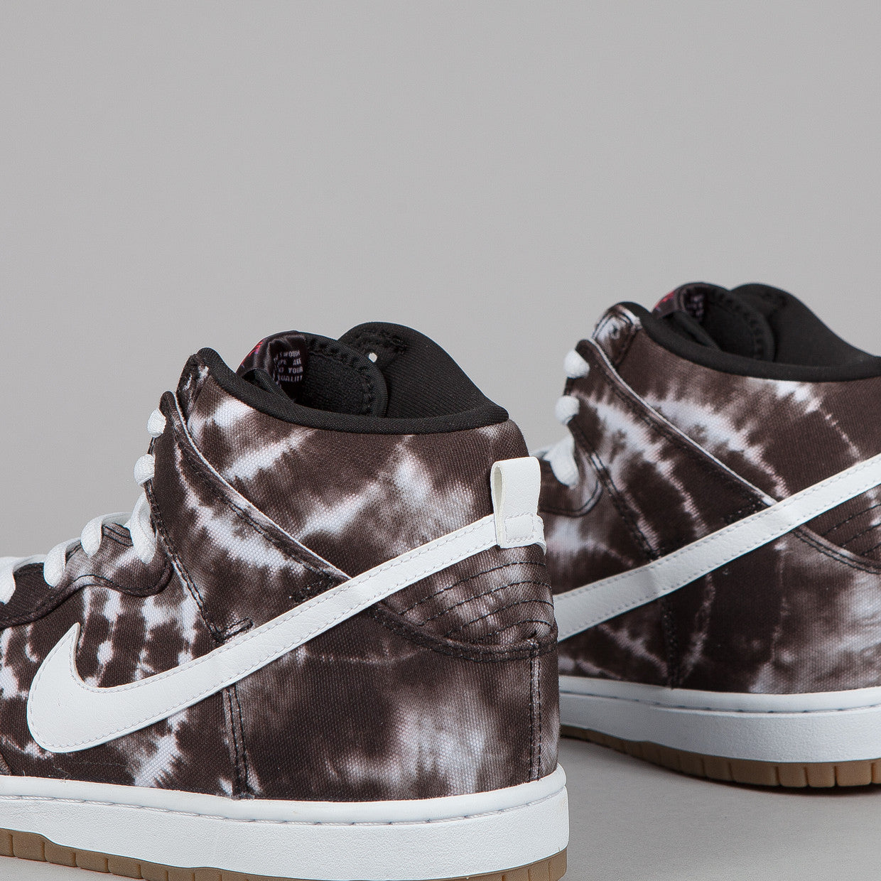 Nike SB Dunk High PR Black / White - White (tie dye)