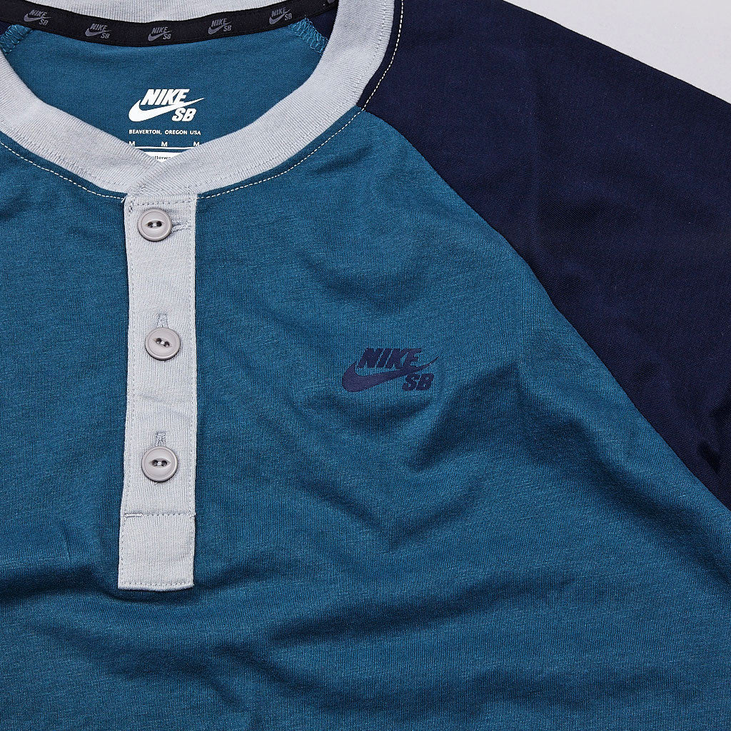 Nike SB Davis Dri-Fit Henley Night Factor / Obsidian / Base Grey / Obsidian