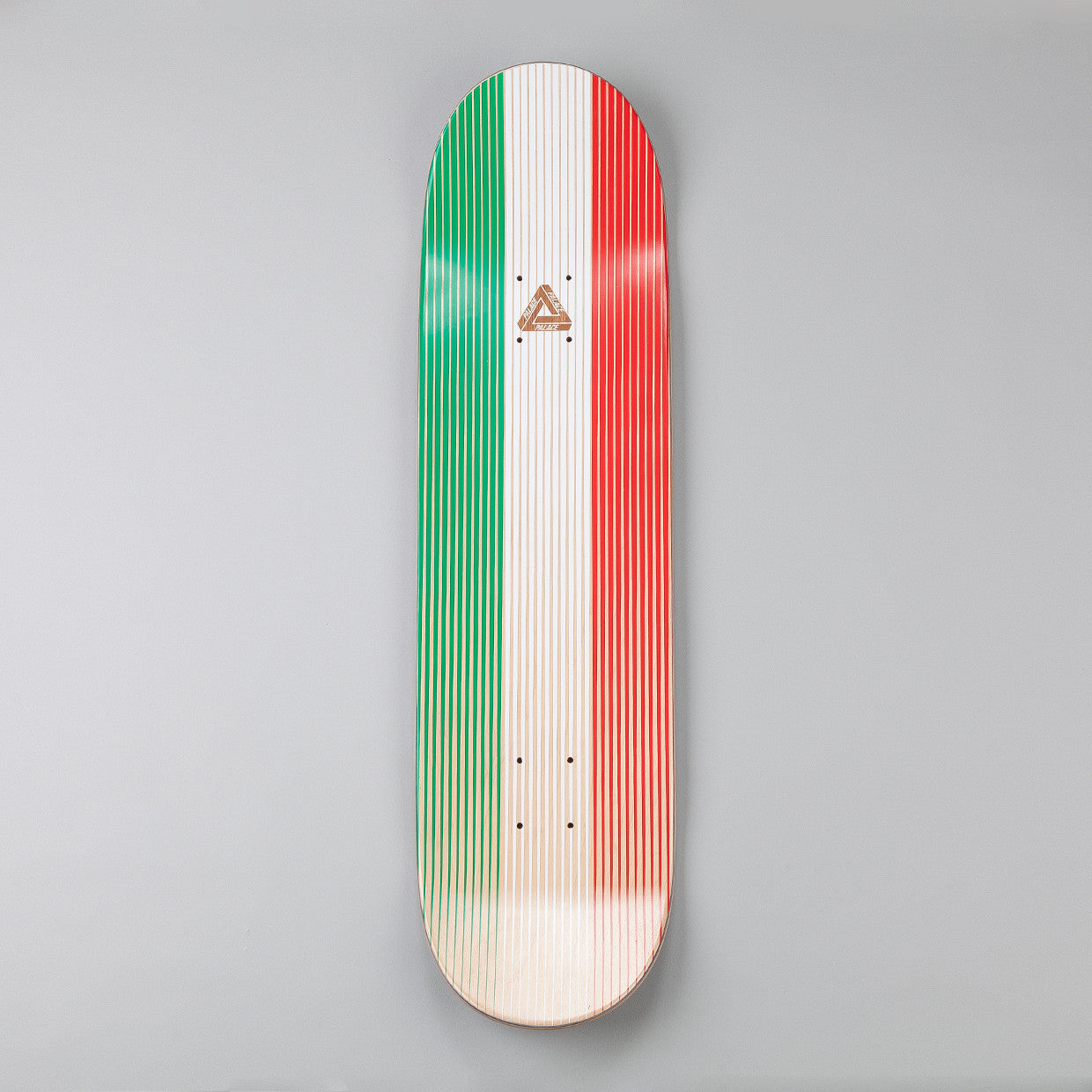 Palace Linear Italia Deck 8.2""