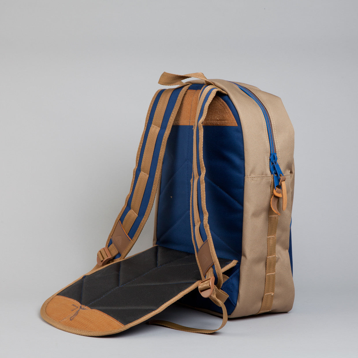 POLER DRIFTER BACKPACK Khaki / Navy