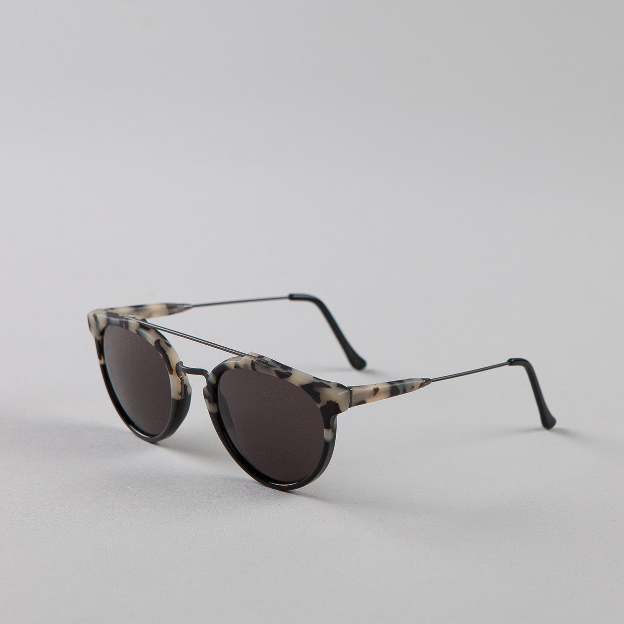 Super Giaguaro Sunglasses Matte Puma & Black