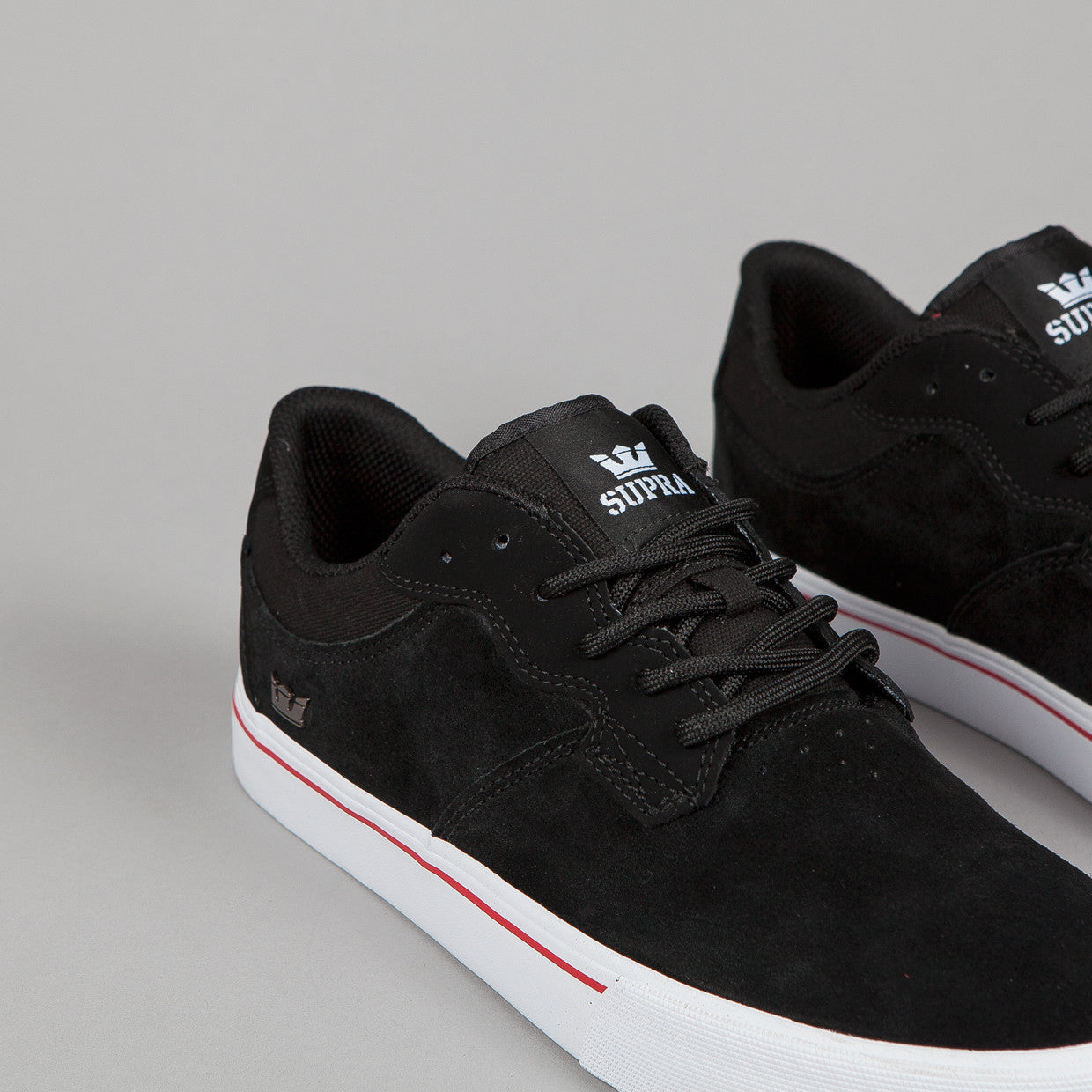 Supra Axle Black / White