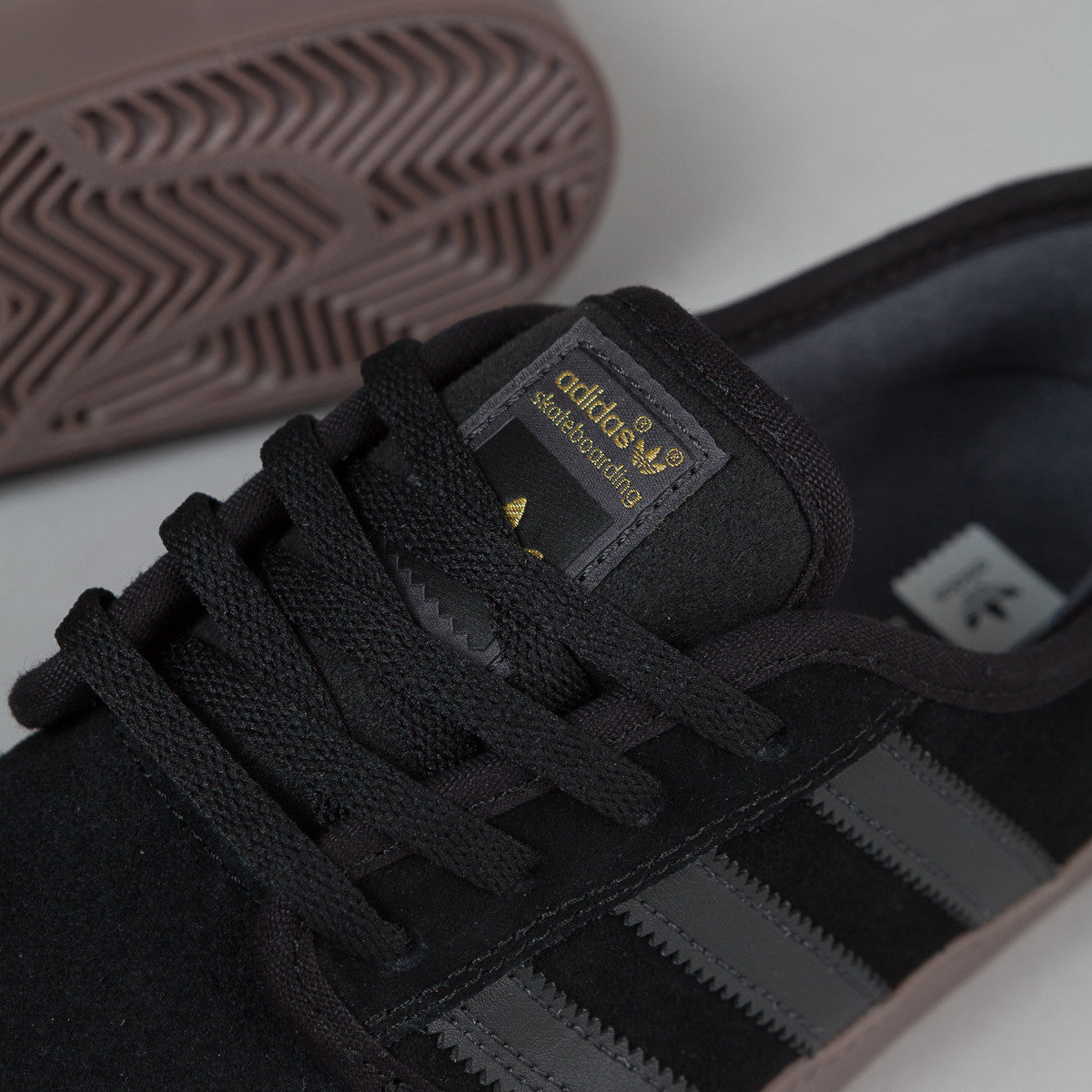 Adidas Seeley ADV Shoes - Core Black / Solid Grey / Gum 5