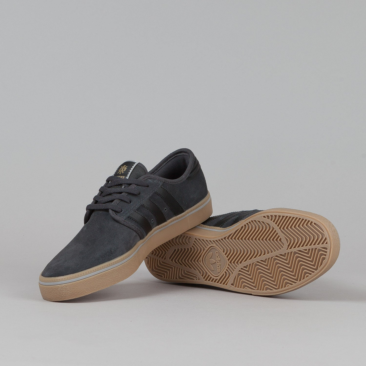 Adidas Seeley Adv Shoes - Grey / Core Black / Gum