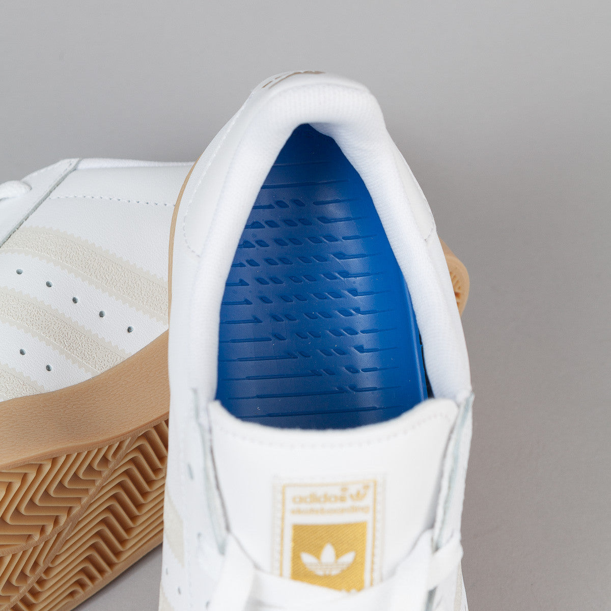 Adidas Superstar Vulc Adv Shoes - FTWR White / FTWR White / Gum