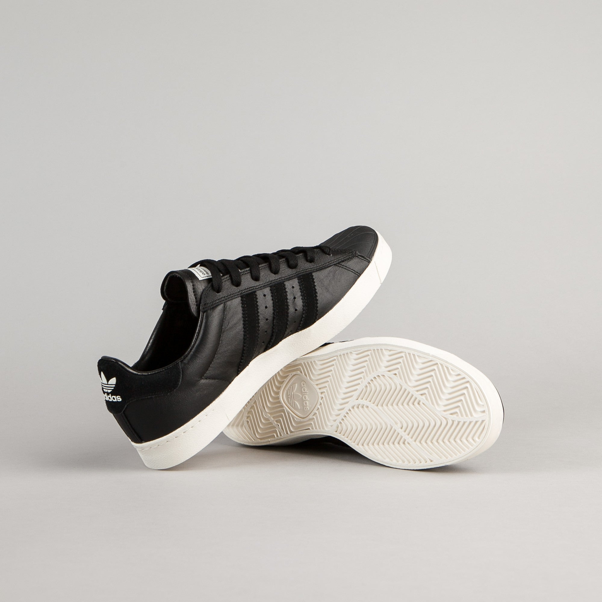 adidas Originals Superstar 2 White/Black/White 2 Zappos