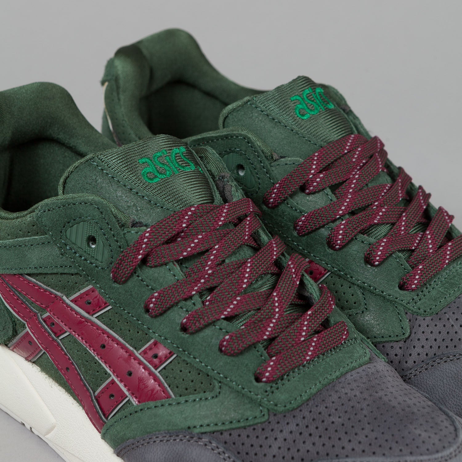 "Asics Gel Saga Shoes Dark Green / Burgundy ""Christmas Pack"""