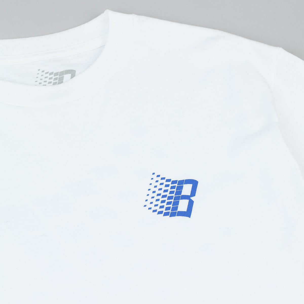 Bronze 56k B Logo T-Shirt - White / Royal Blue