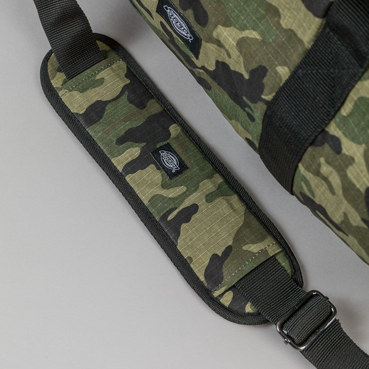 Dickies Austin Holdall Bag - Camouflage
