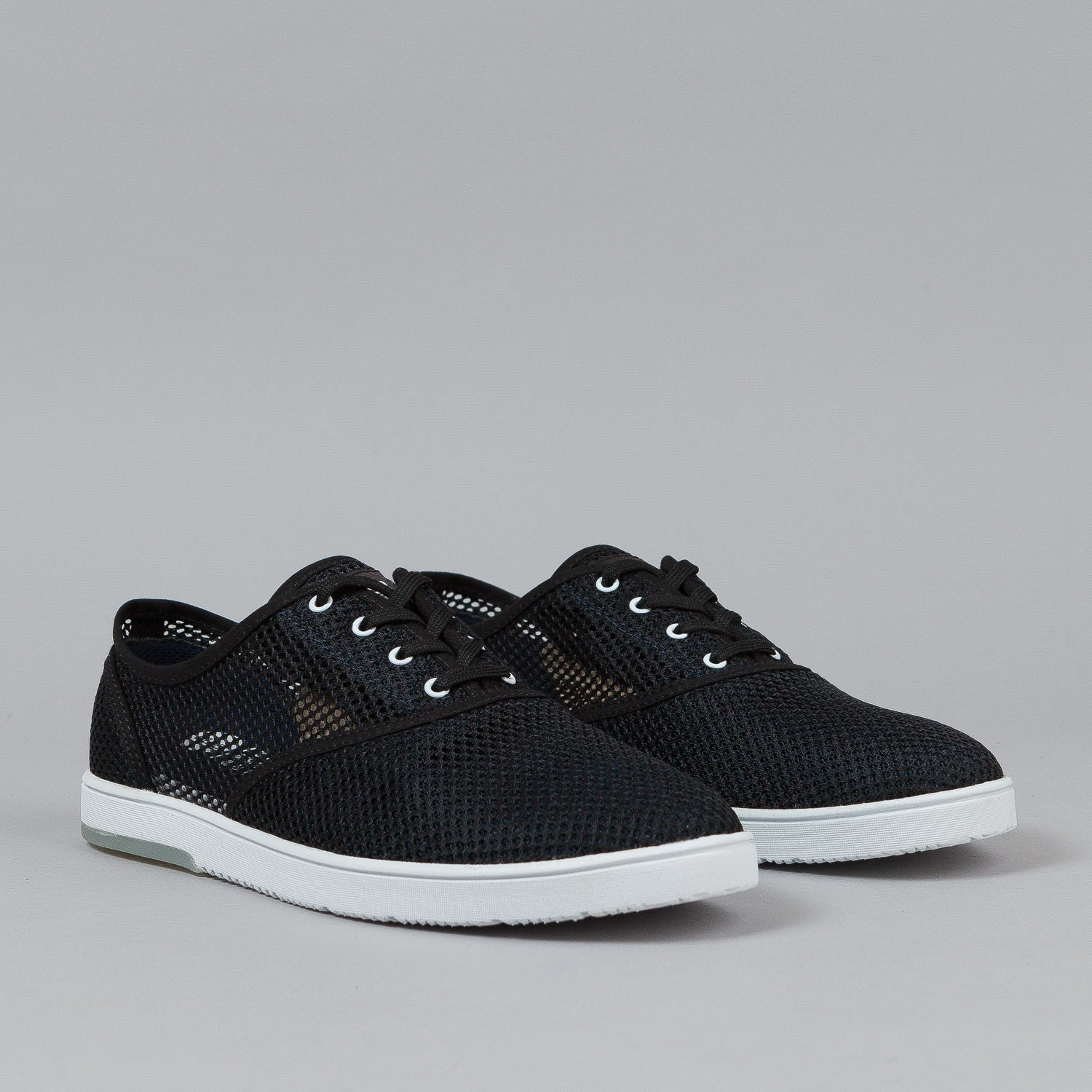 Clae Bruce Shoes - Black / Deep Navy