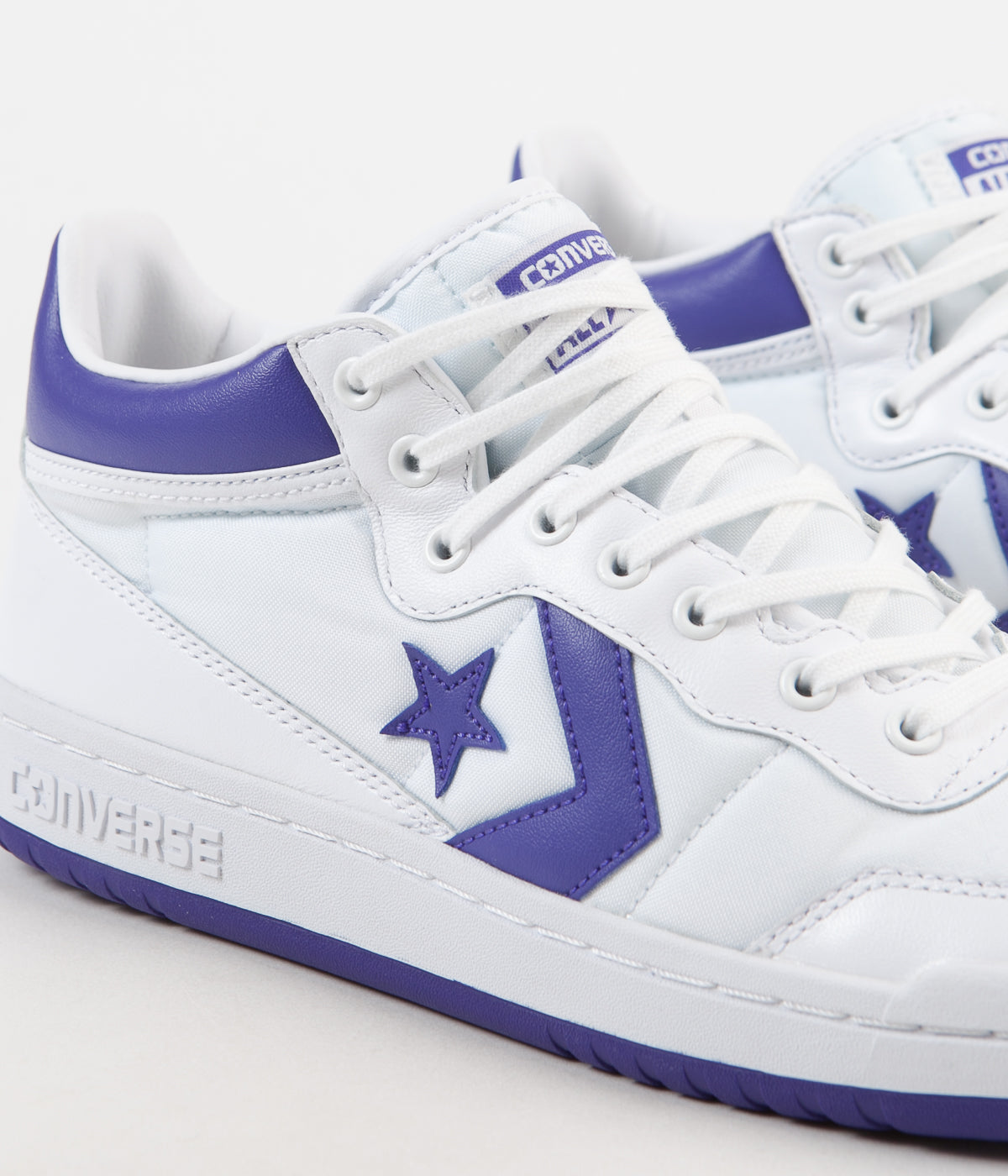 Converse Fastbreak Mid Shoes - White / Candy Grape