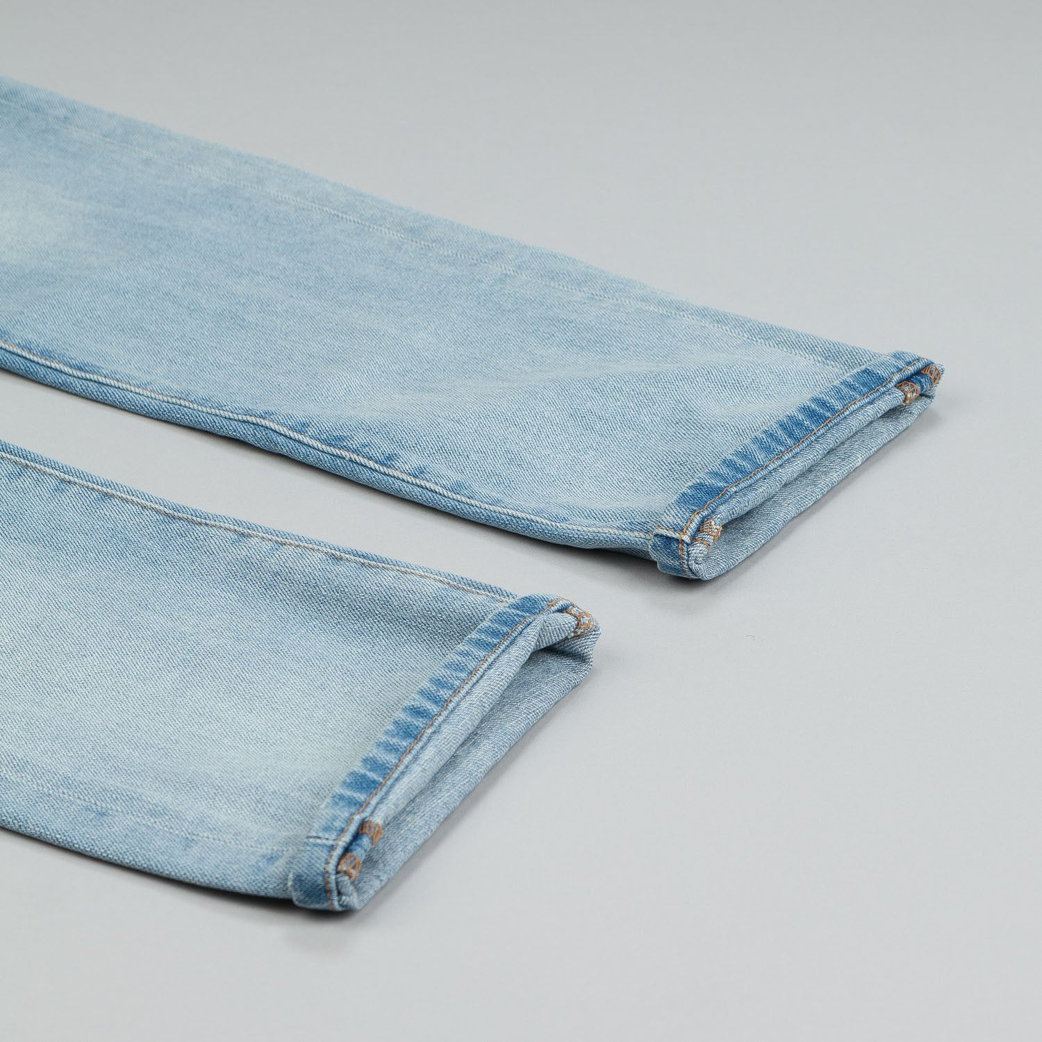 Diamond Mined Denim Jeans Slim Fit Light Wash