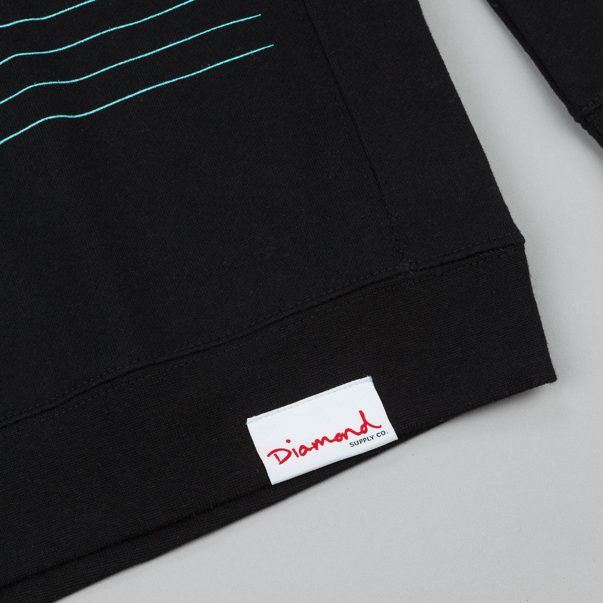 Diamond Striped Crew Neck Sweatshirt Black