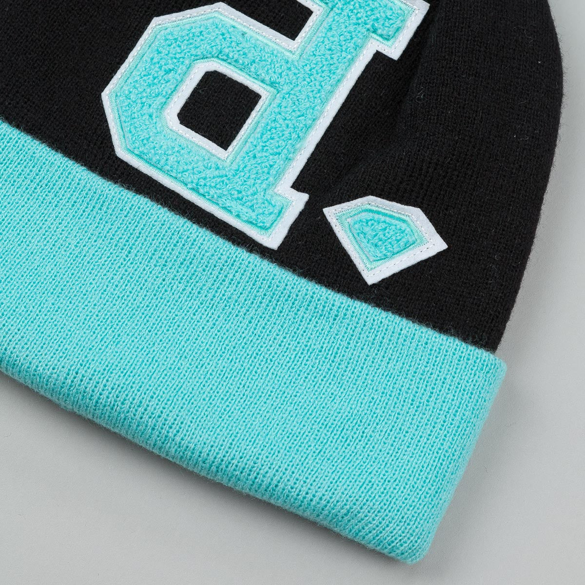 Diamond UnPolo Pom Pom Beanie Diamond Blue / Black