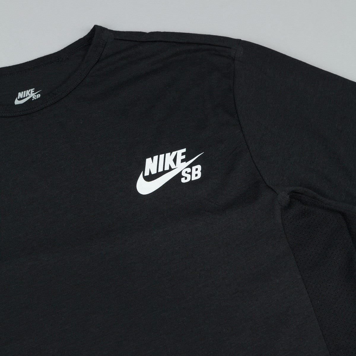 Nike SB Dri-Fit Skyline Cool T-Shirt - Black / White