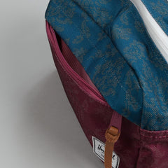 Herschel Chapter Dopp Kit Burgundy Damask / Blue Damask