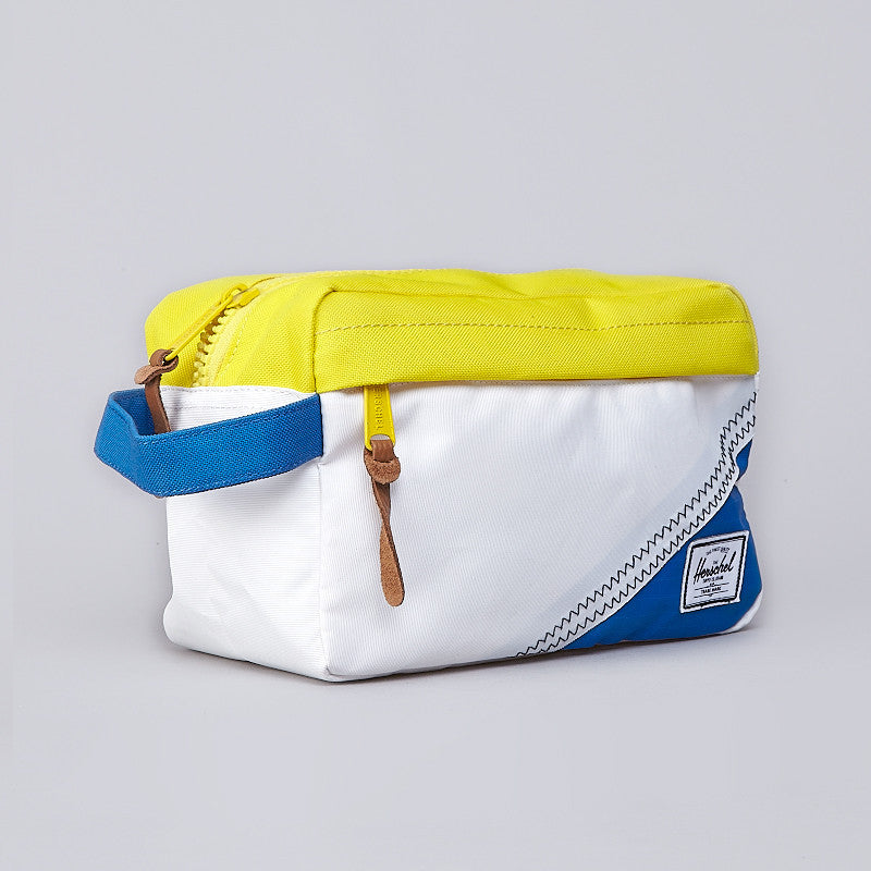 Herschel Chapter Case White / Cardinal Yellow / Regatta Blue