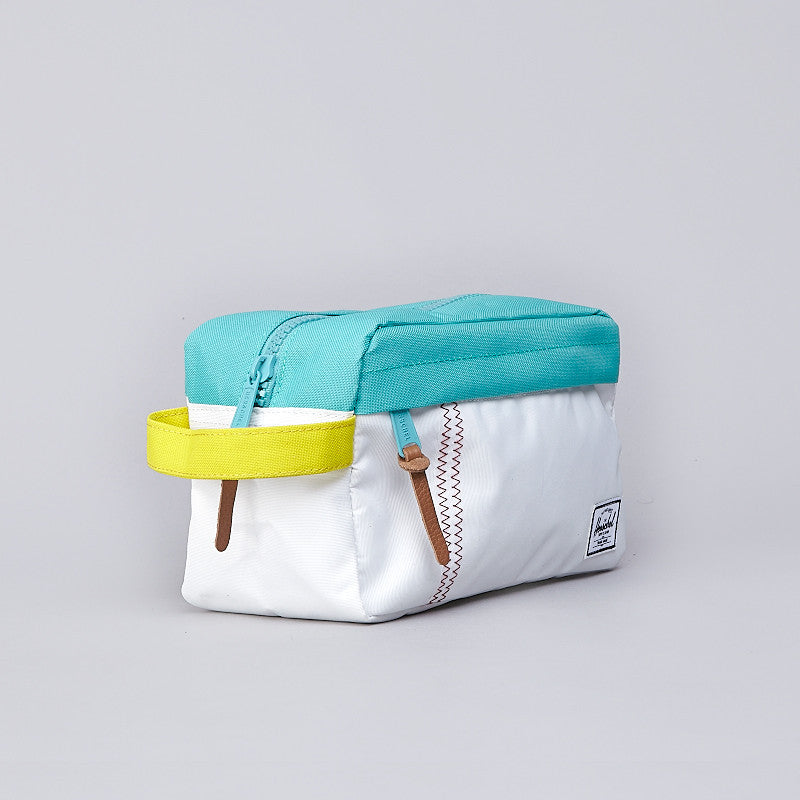 Herschel Chapter Case White / Mark Teal / Cardinal Yellow
