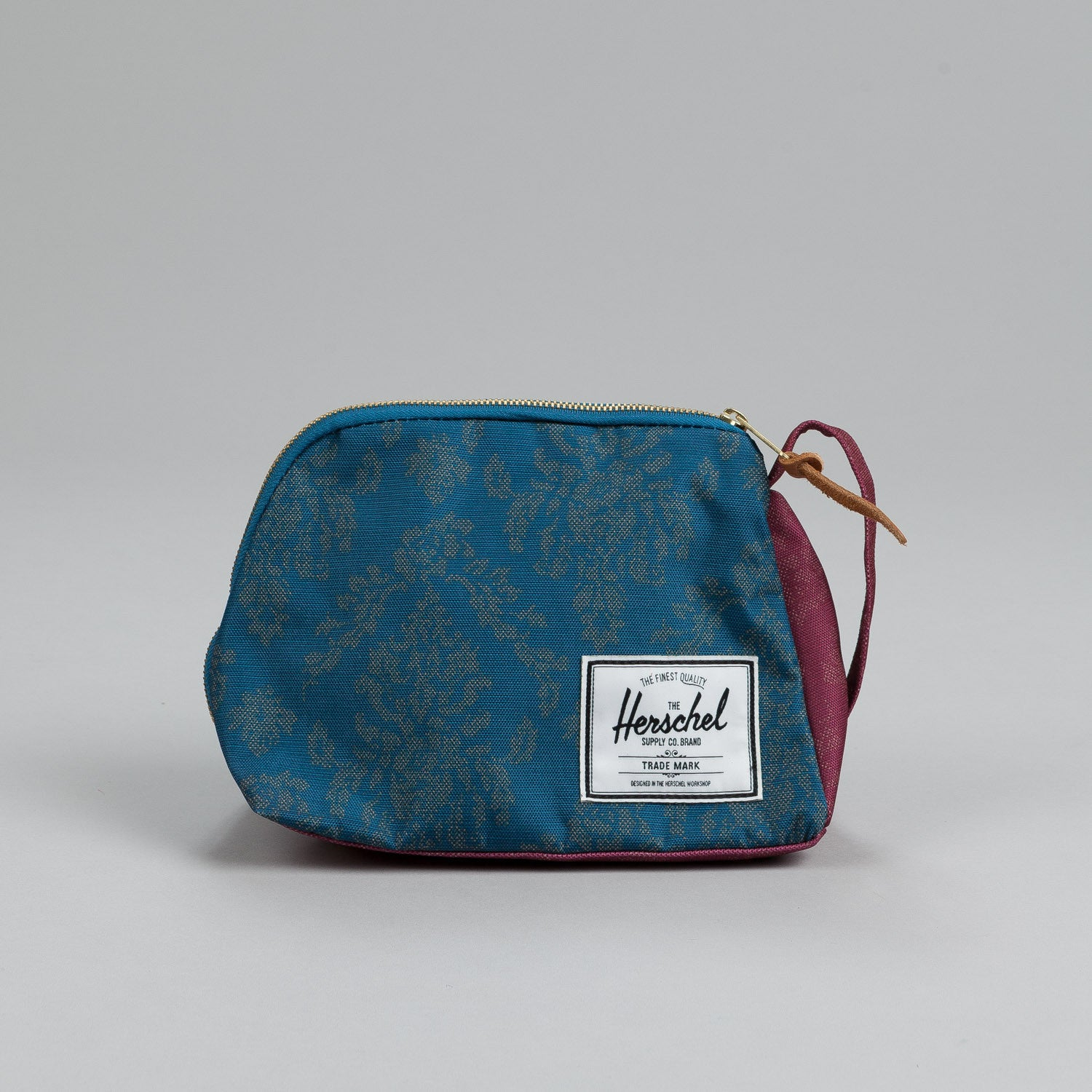 Herschel Royal Dopp Kit Blue Damask / Burgundy Damask