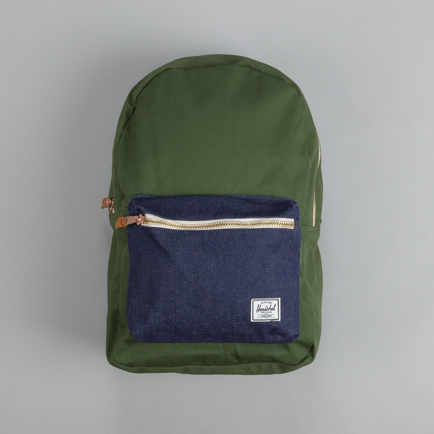 Herschel Settlement Backpack Select Dark Army Coated Cotton Canvas / Indigo Denim