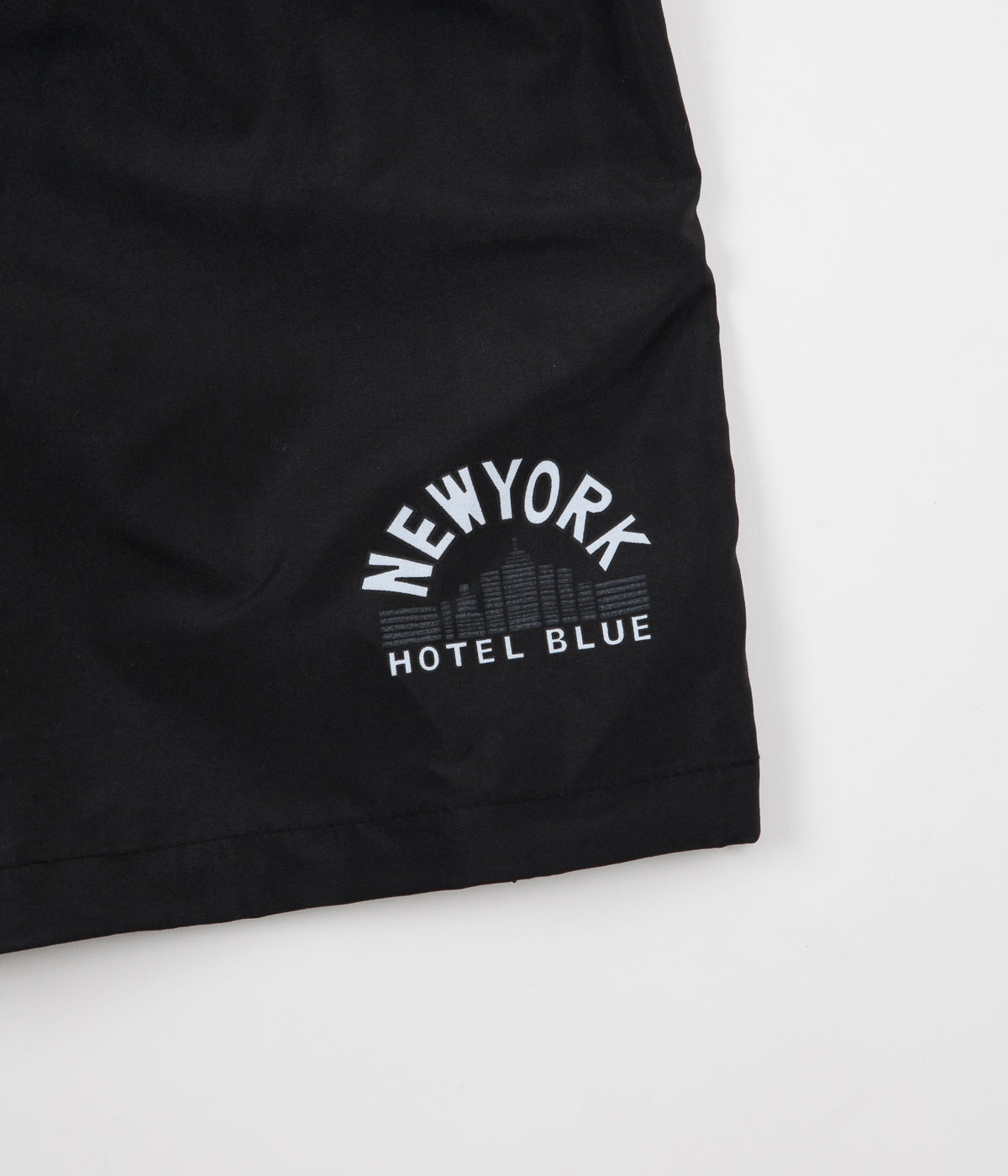 Hotel Blue Skyscraper Short - Black
