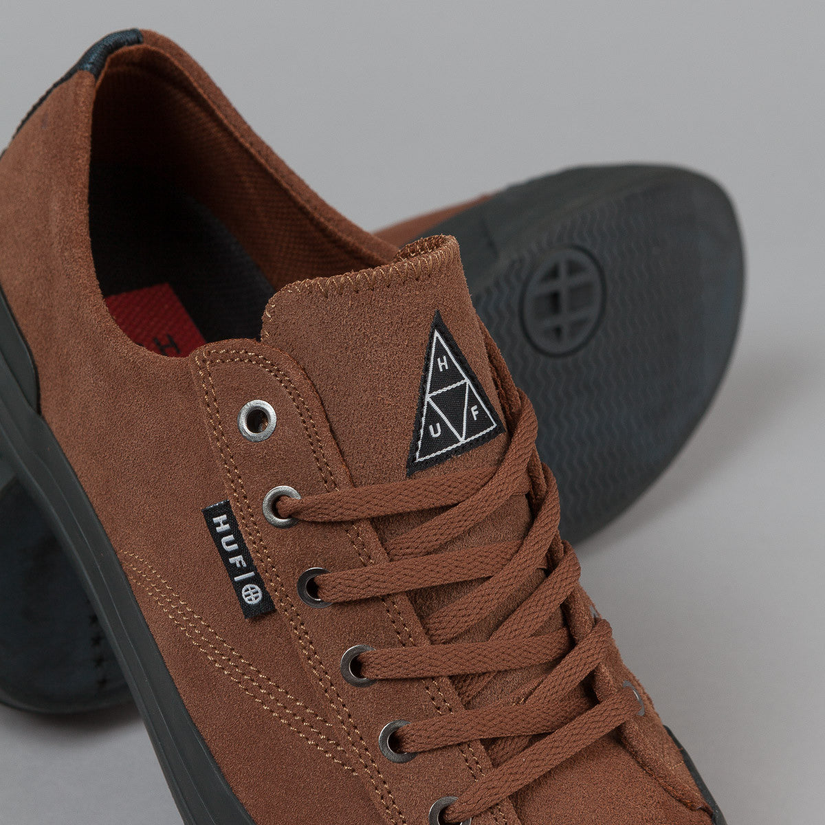 HUF Classic Lo Shoes - Brown  / Black