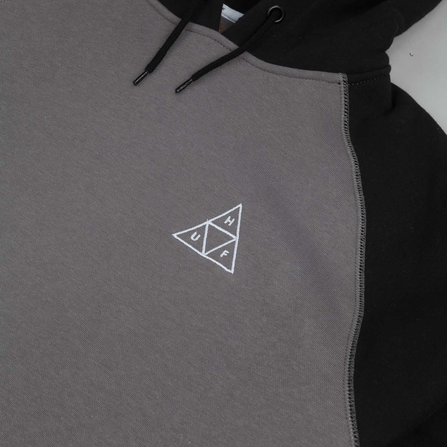 HUF Triple Triangle Raglan Hooded Sweatshirt - Black / Charcoal