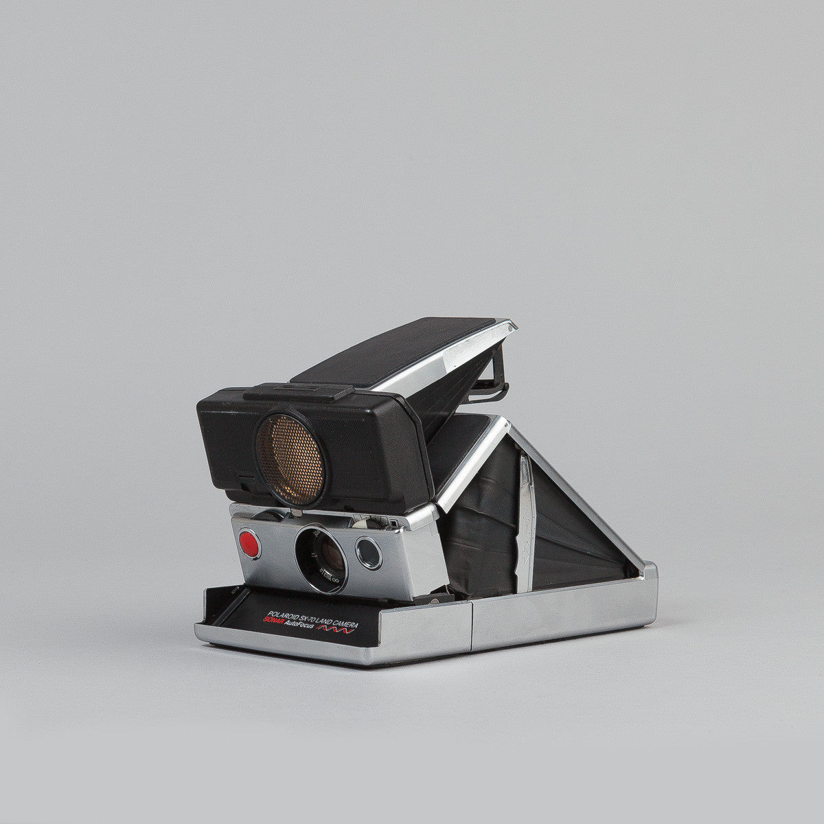 Impossible Polaroid SX-70 Camera - Sonar - Silver / Black Skin