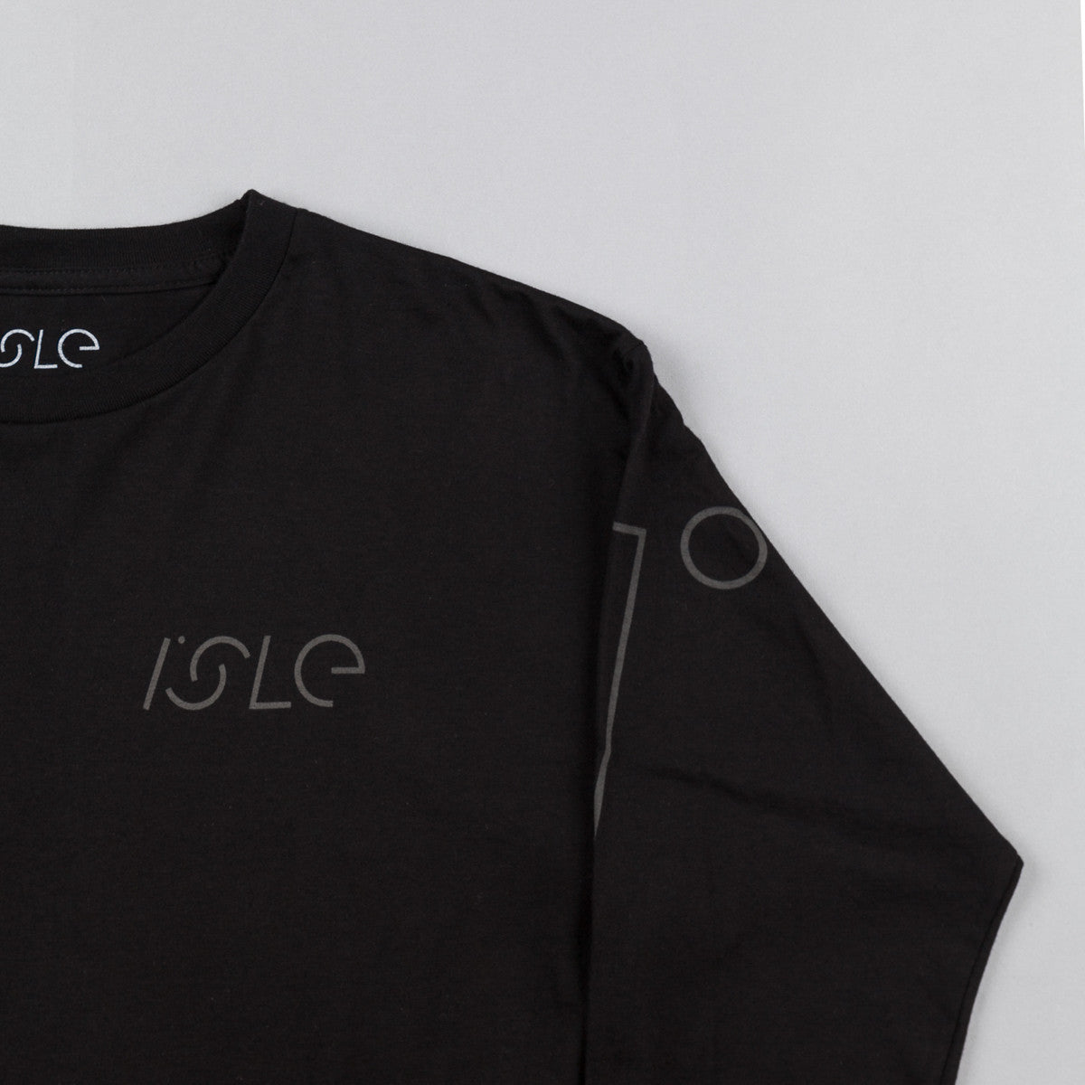 Isle I Logo Long Sleeve T-Shirt - Black