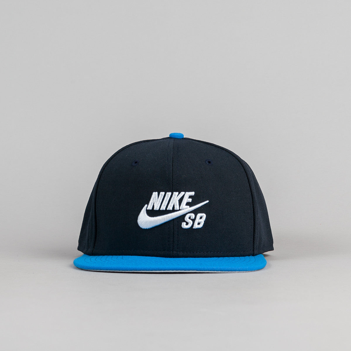Nike SB Icon Snapback Cap - Dark Obsidian / Photo Blue / Black / White