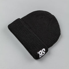 Nike SB Surplus Beanie - Black / White