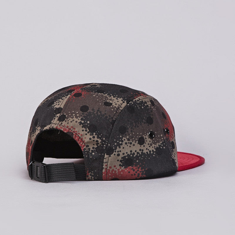 Less Simple Logo Camp Cap Red / Spray Camo Red